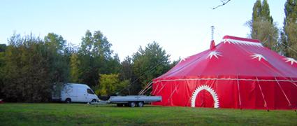 Collectif Atomic Paradise : Cirque Rouages, Cie Presque Siamoises, la Fanzine